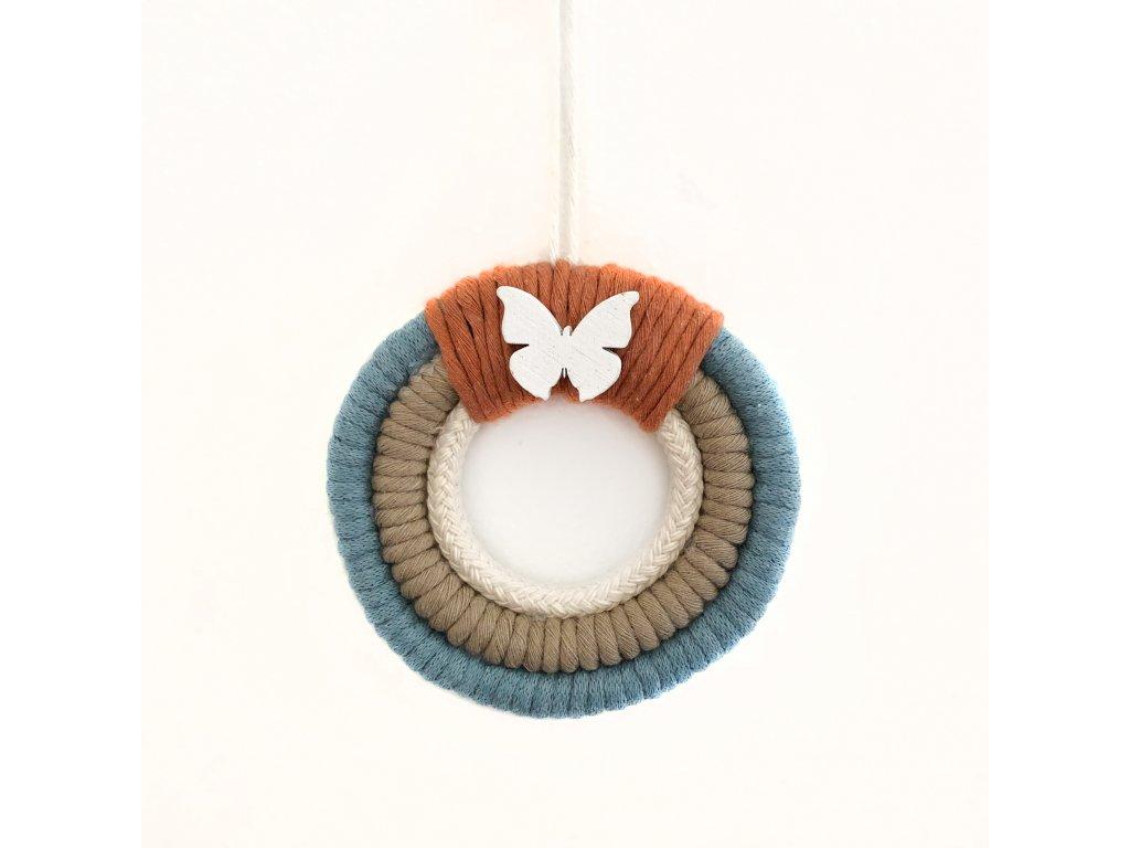 Macramé dekorace do dětského pokoje Motýlek