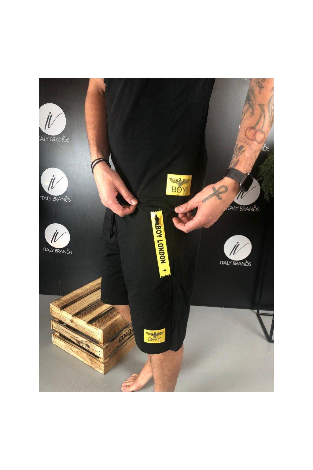 Kraťasy se žlutým nápisem a zipem Boy London - černé (Velikost Velikost XL)