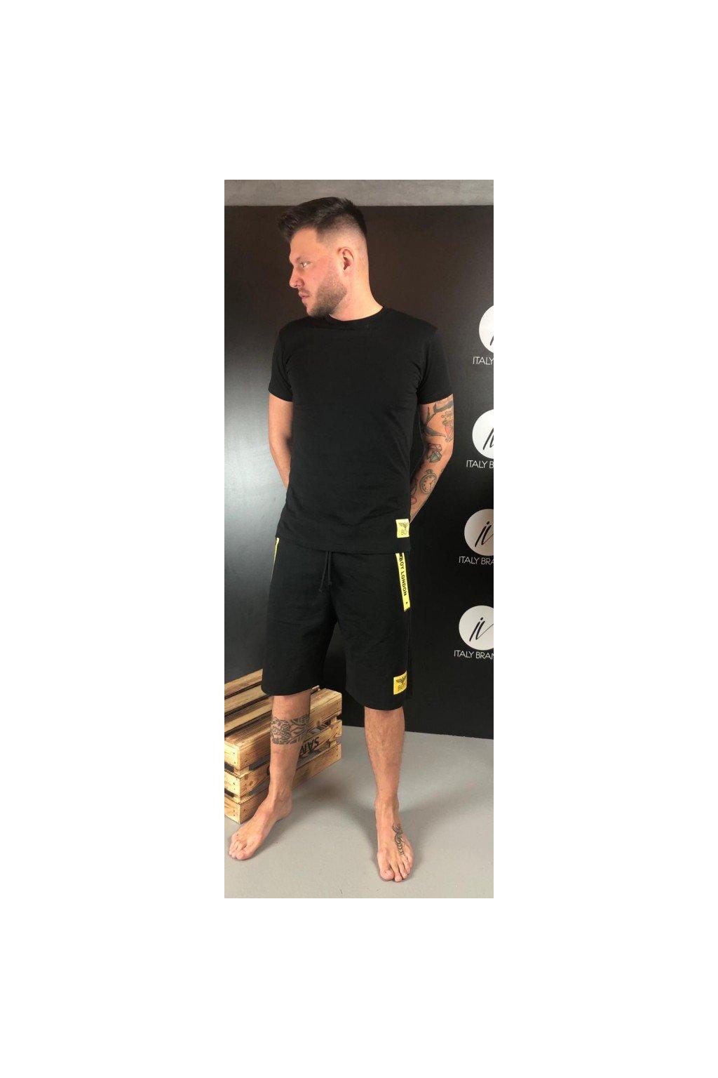 Tričko s malým znakem Boy London - černé (Velikost Velikost XL)