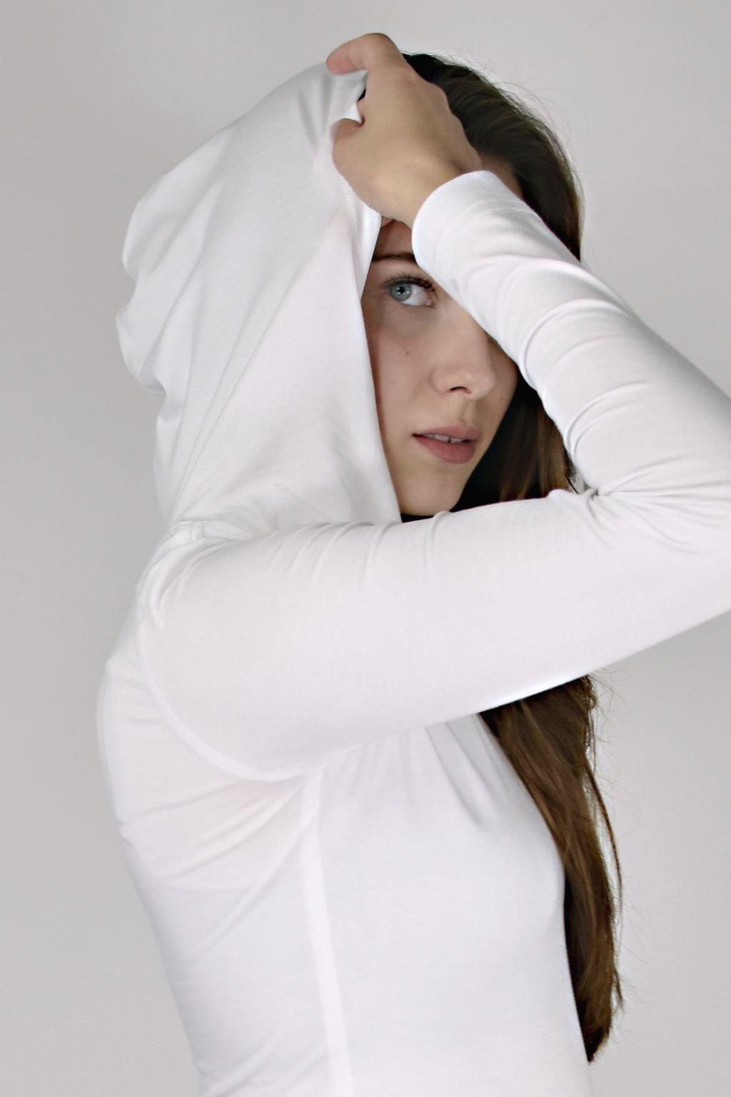 tričko s kapucí, bílé