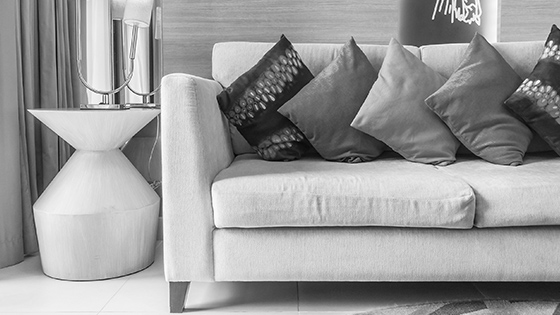 Dekoračné vankúše premenia pohovku či posteľ na oázu oddychu