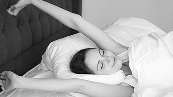 Myslite na zdravý spánok. Ako sa vyspať tak, aby ste boli ráno svieži?