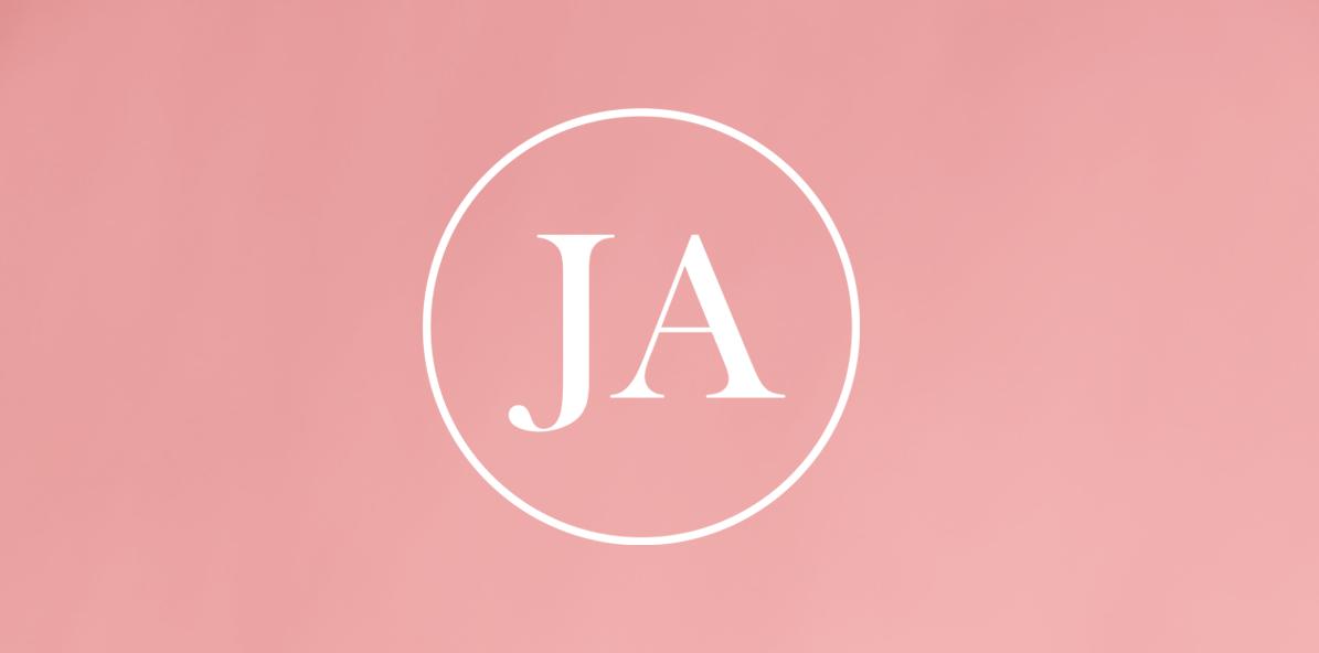 Juliette Armand zkrášluje pleť, JA.cz zase logo