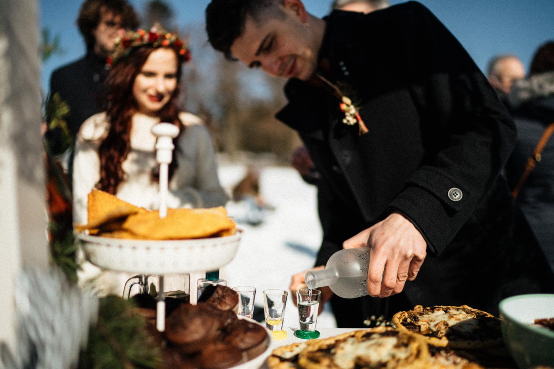 JAATY_zimni-svatba-na-horach-beskydy_obcerstveni