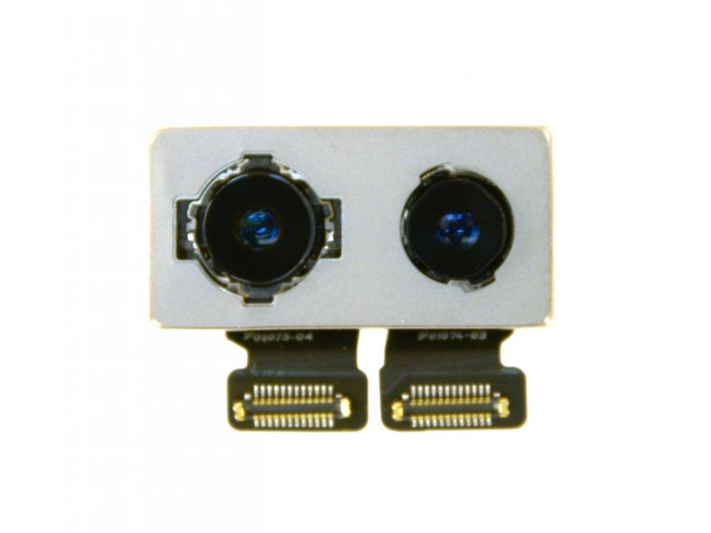 Zadní kamera iPhone 8+