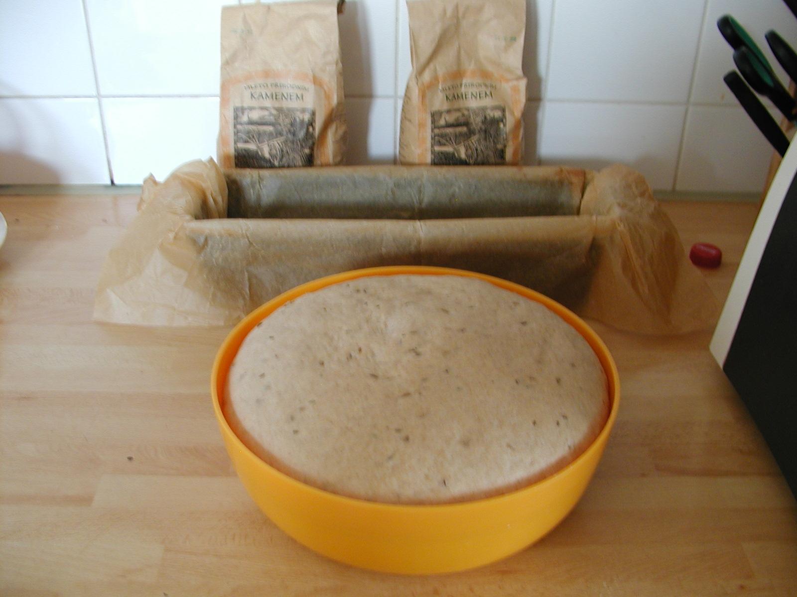 Domácí chleba do trouby z krišnodvorské mouky
