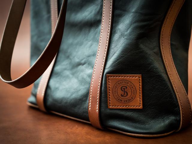 Kožená kabelka - ruční výroba na zakázku