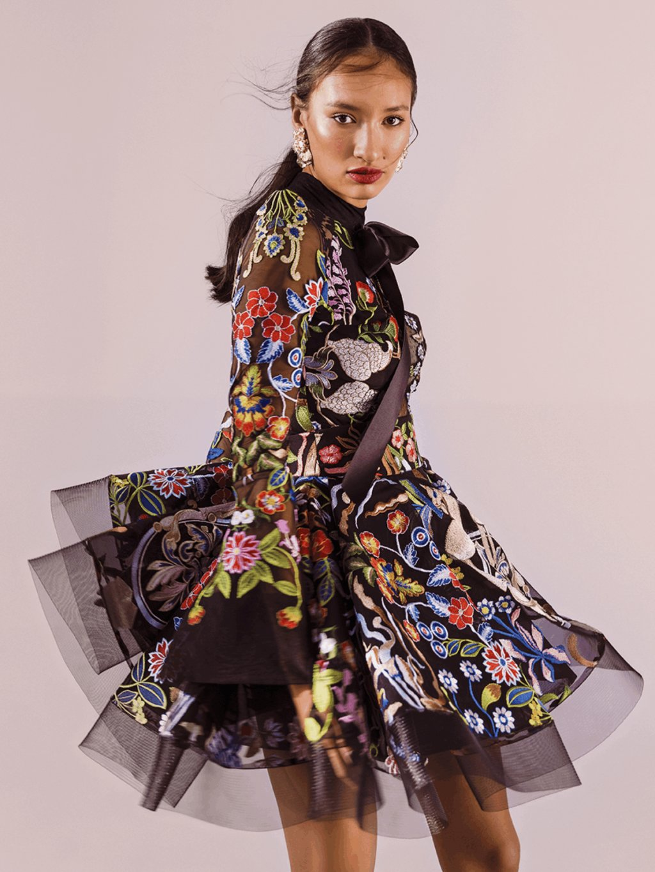 Šaty multicolor z vyšívaného tylu Black