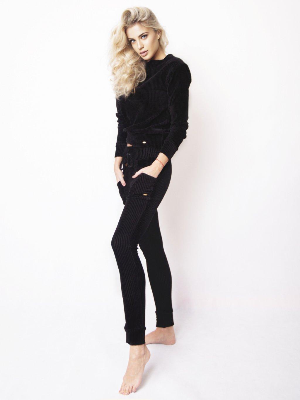 chester čierne nohavice