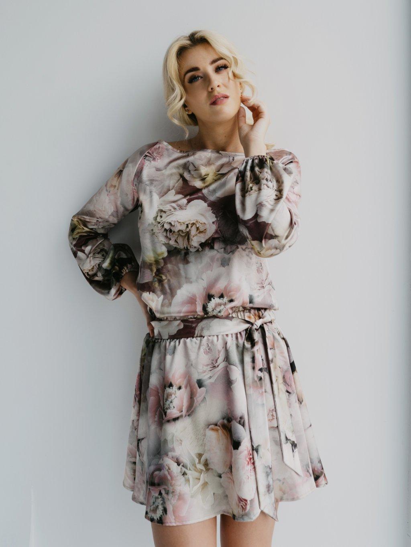 pivonkové krátke šaty