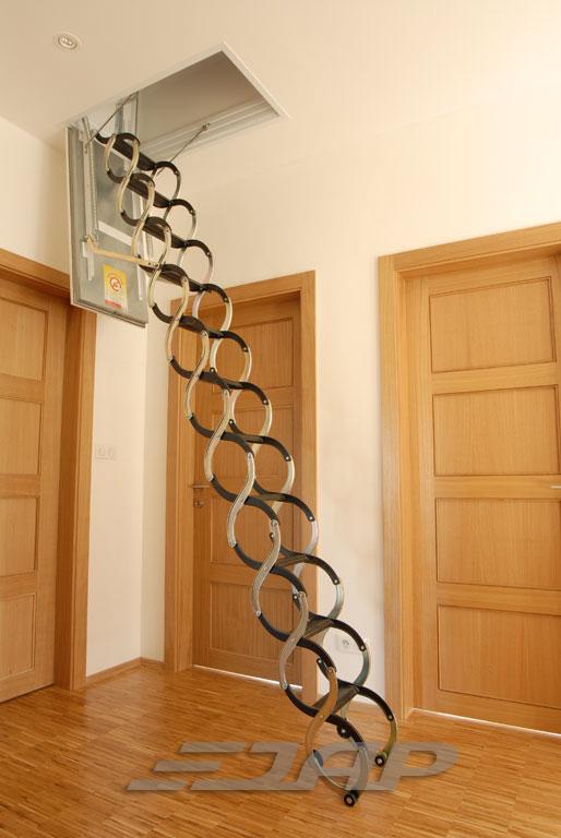 Půdní schody JAP LUSSO - PP - protipožární Stavební otvor délka x šířka:: 700 x 500 mm, Výška stropu:: 2200 - 2400 mm od podlahy ke stropu