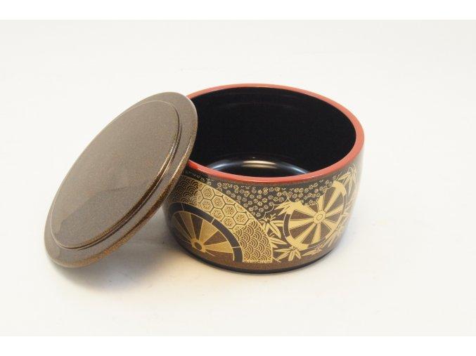 Tradiční kulatá  japonská nádoba s poklopem na servírování jídla