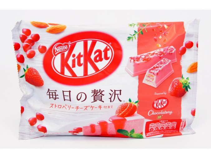 Nestle KitKat Strawberry Cheese 109g