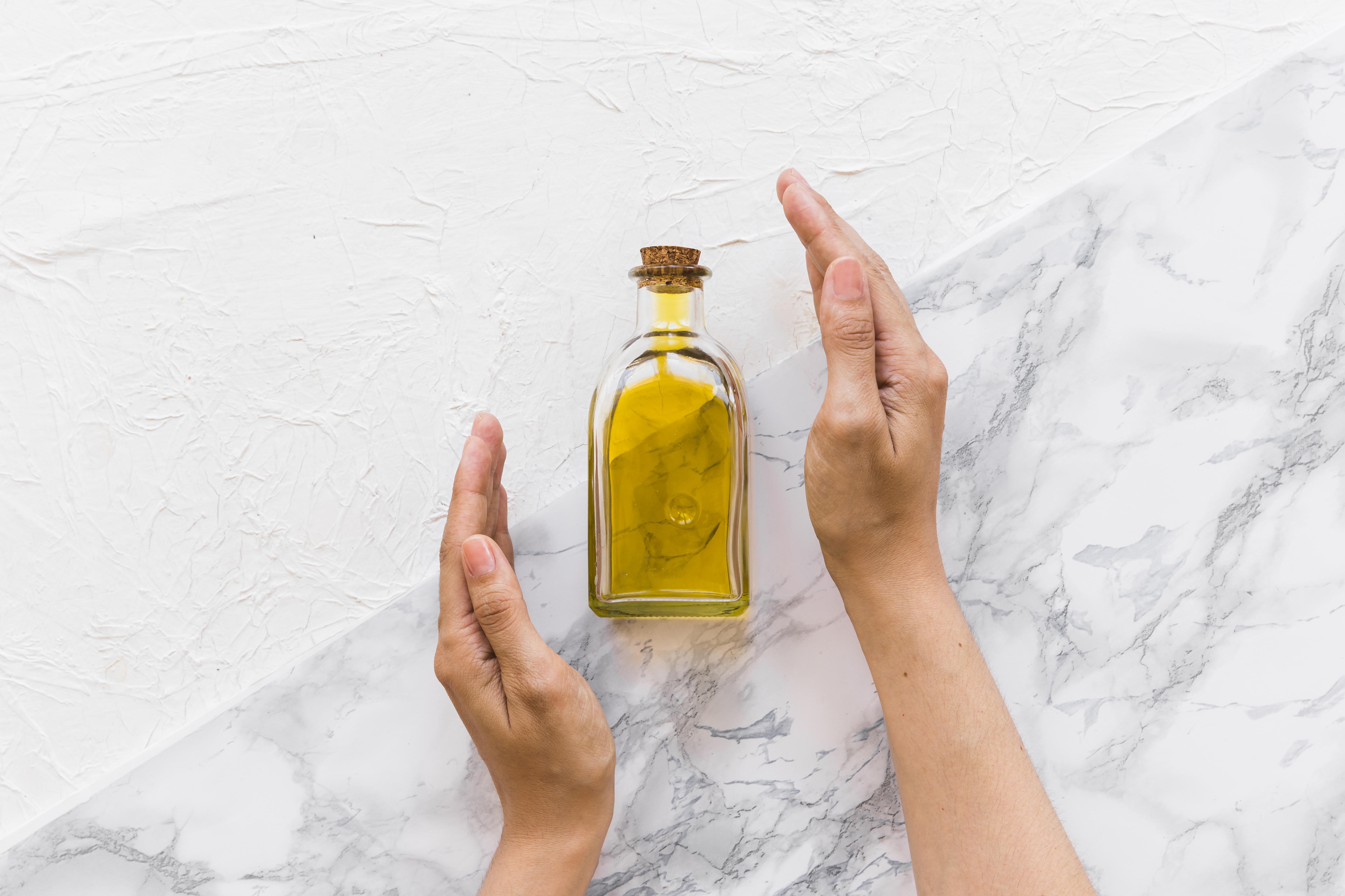 Znáte nejrozšířenější mýty v kosmetice? Na tři nejčastější přešlapy jsme si posvítili