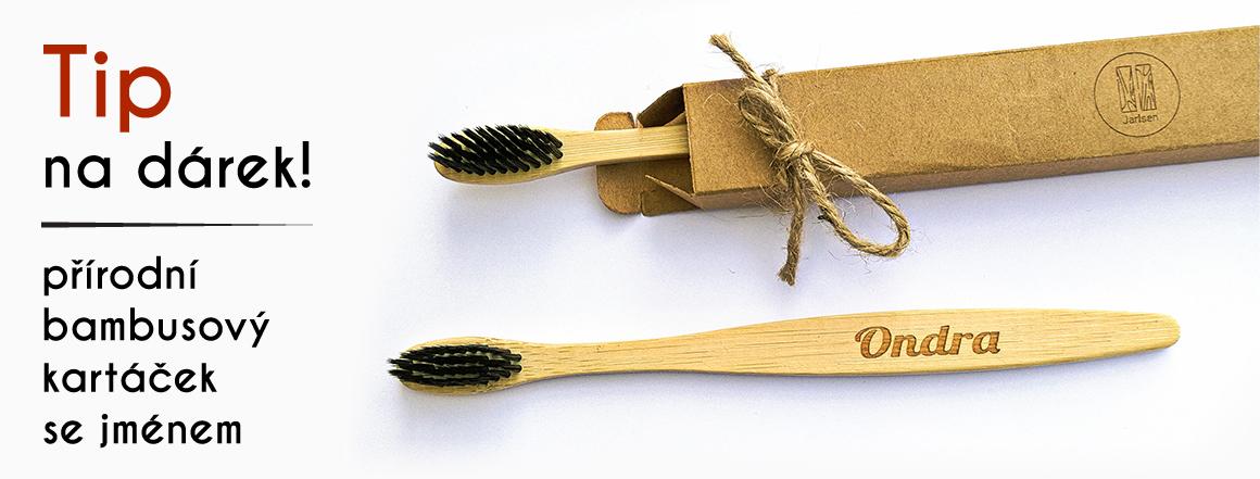 bambusový kartáček s vlastním jménem