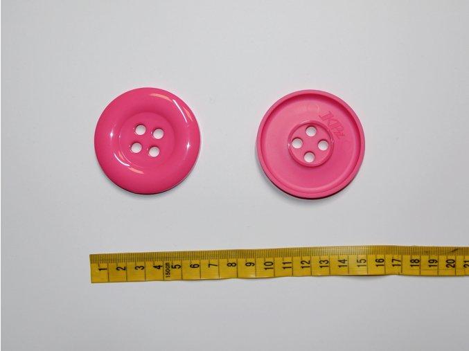Knoflík velký středně růžový 5,8cm