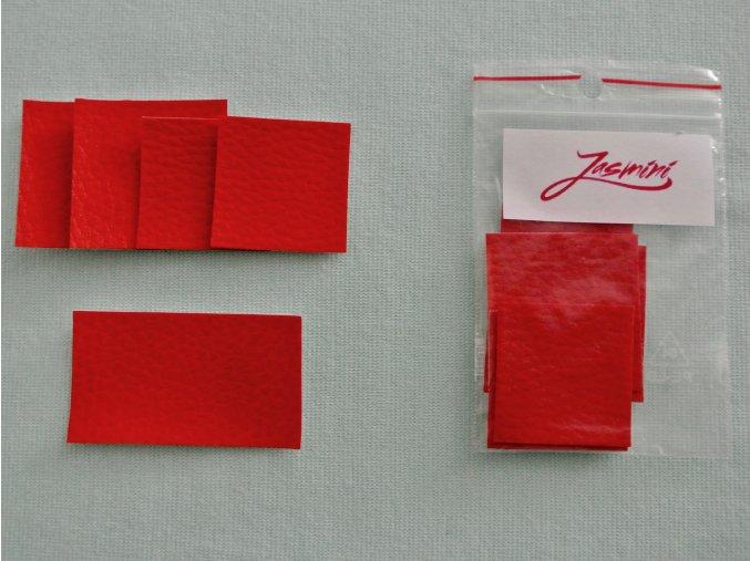 Štítky koženkové červené