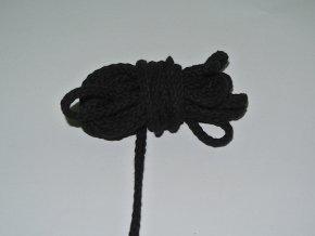 Šňůrka oděvní kulatá černá 5,3mm