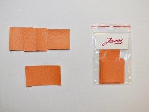 Štítky koženkové světle oranžové