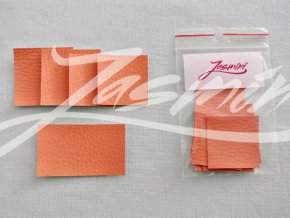 Štítky koženkové sytě oranžové