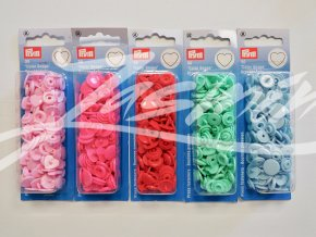Patentky plastové Color Snaps Prym - srdíčka