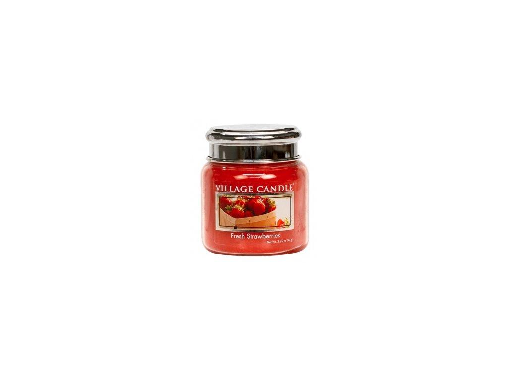 Village Candle Vonná svíčka Čerstvé Jahody - Fresh Strawberries, 92 g