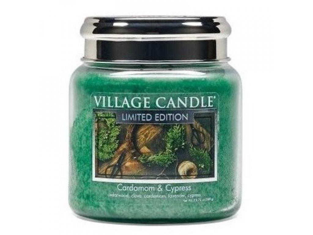 Village Candle Vonná svíčka Kardamon a Cypřiš - Cardamon & Cypress, 389 g