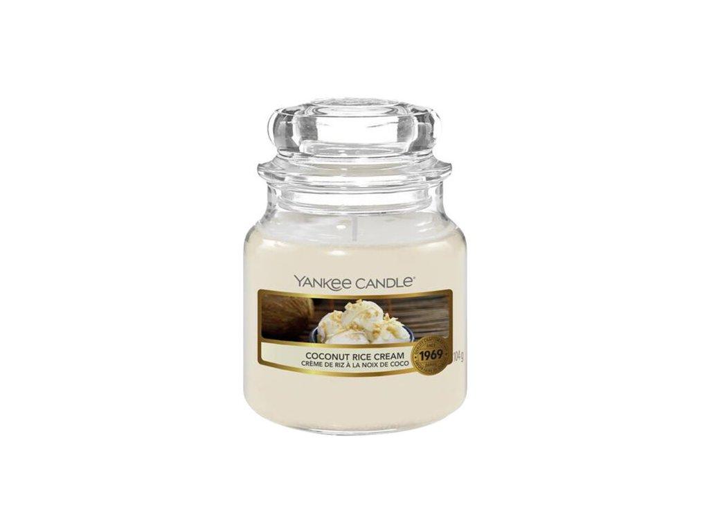 Yankee Candle Vonná Svíčka Coconut Rice Cream classic malý, 104 g