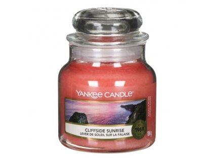 Yankee Candle Vonná Svíčka Cliffside Sunrise classic malý, 104 g