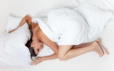 Vhodný polštář zpříjemní spánek