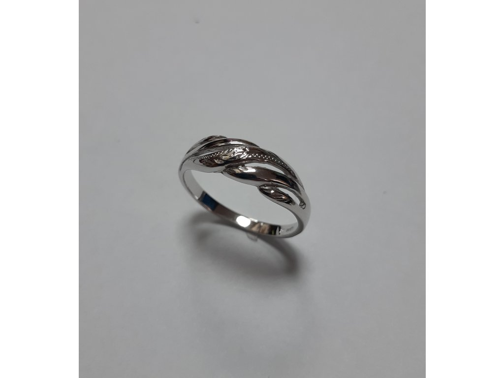 Stieborny prsteň