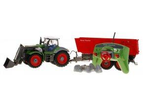 Veľký traktor s vlečkou na diaľkové ovládanie