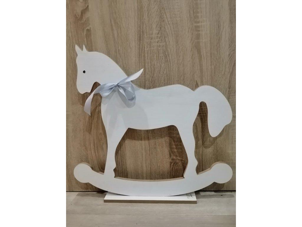 Dřevěný koník | Maxi