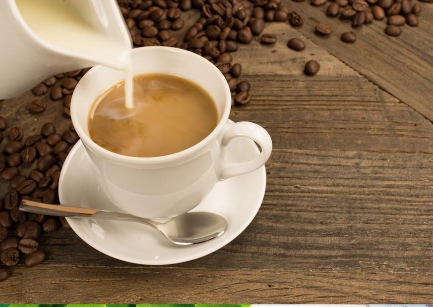 Káva s mliekom. Naozaj táto kombinácia škodí?