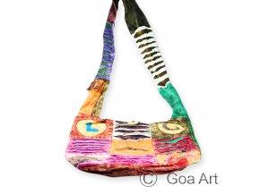 1000753 Taska Love Goa