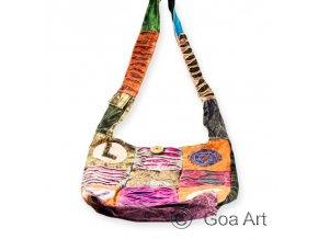 1000761 Taska Love Goa