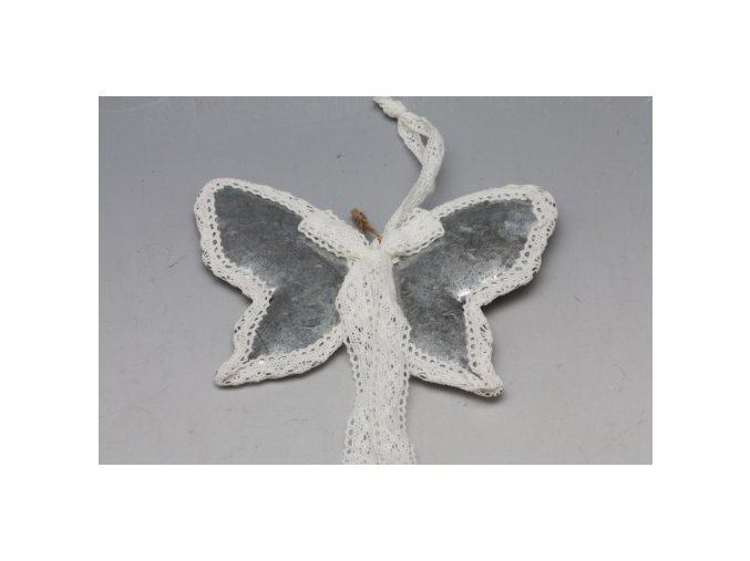 Plechový motýl s krajkou S