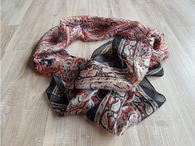 Hedvábný šátek1