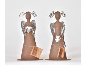 Plechový anděl Tiel se srdíčkem 17,5 cm
