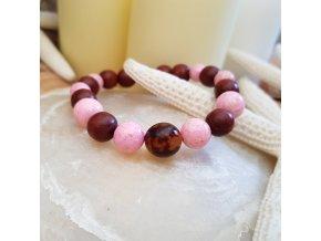 Ručně tvořený náramek (dřevo, perleť)1