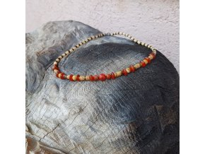 Leo Pánský náhrdelník (dřevo, karneol, korál)1