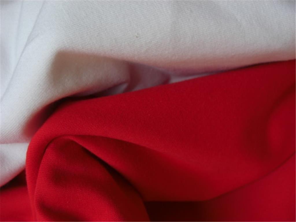 Komb uplet bílá červená 1024x768