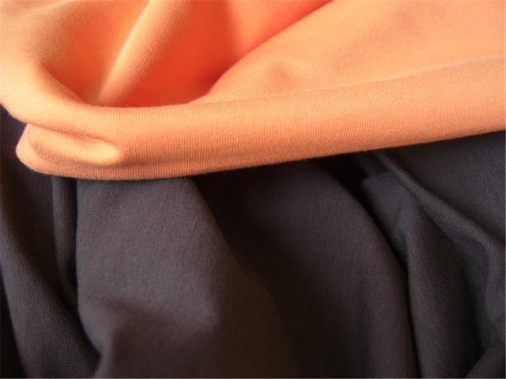 Komb.oranžová hnědá 1024x768