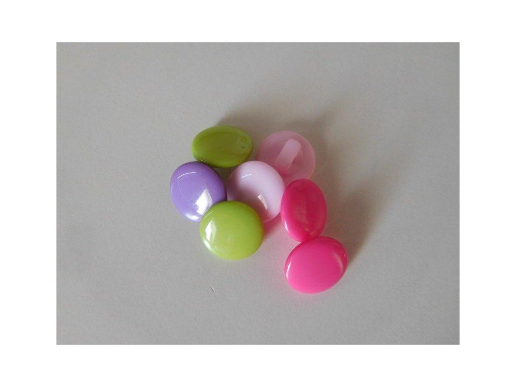 Knoflík pastelové barvy spodní přišívání