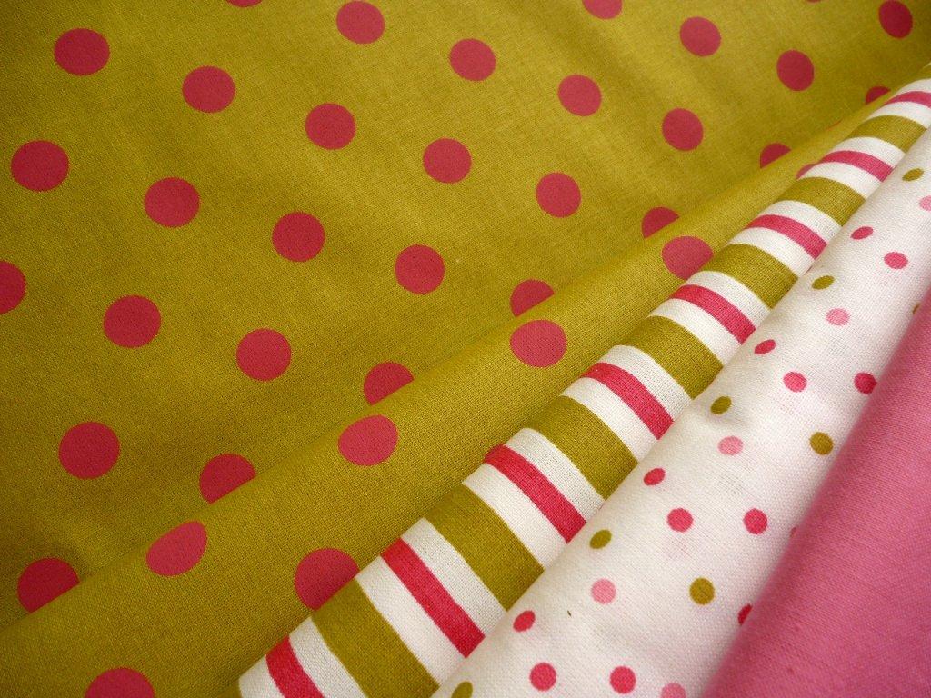 P1040372 růžové puntíky na zelenožluté kombinace zelenožlutá kolekce Čes.látky