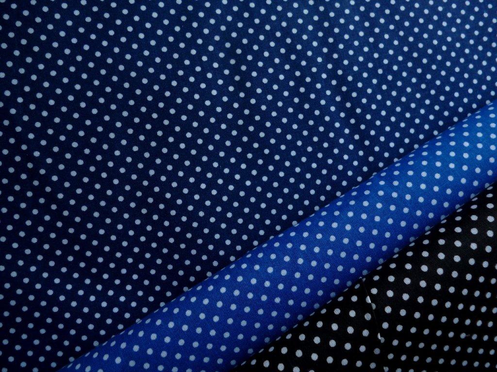 P1050016 tmavší modré puntíky kombinace s puntíky na střední modré a černé