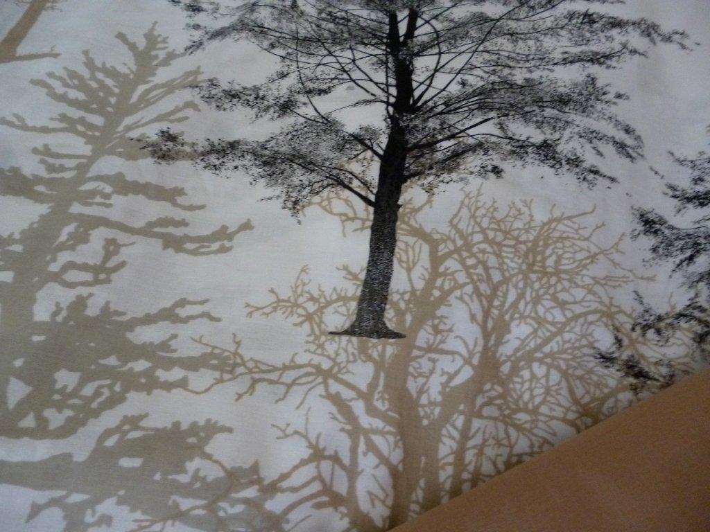 stromy kombinace s bezovou
