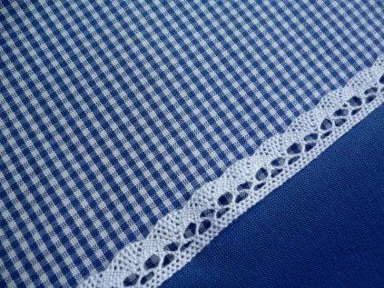 P1040189 kostička 3mm s krajkou a modrou