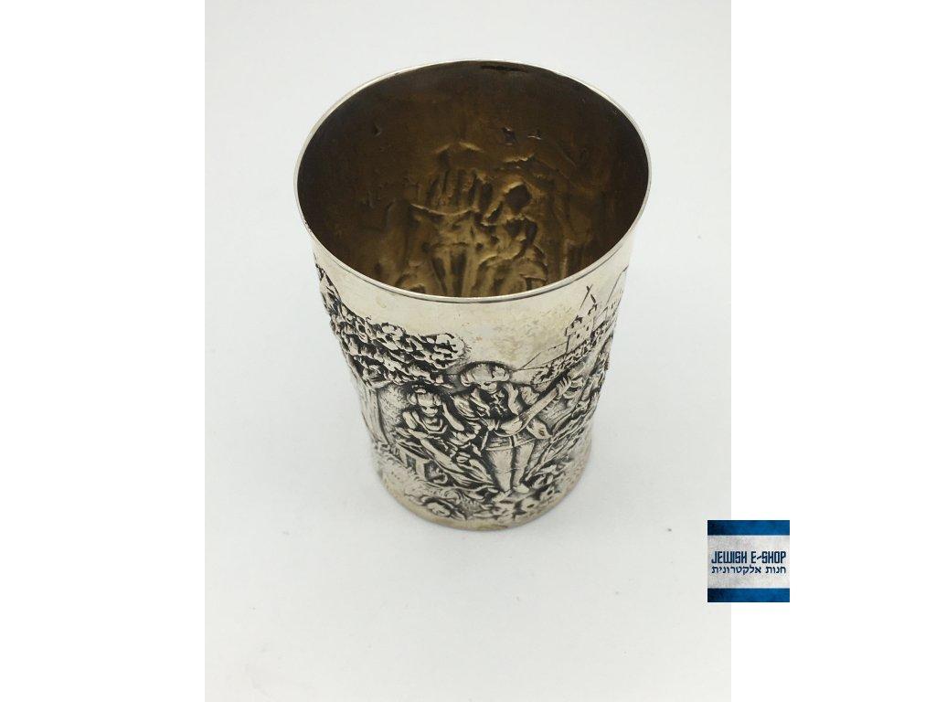 Stříbrný pohár na kiduš na šábes a na židovské svátky