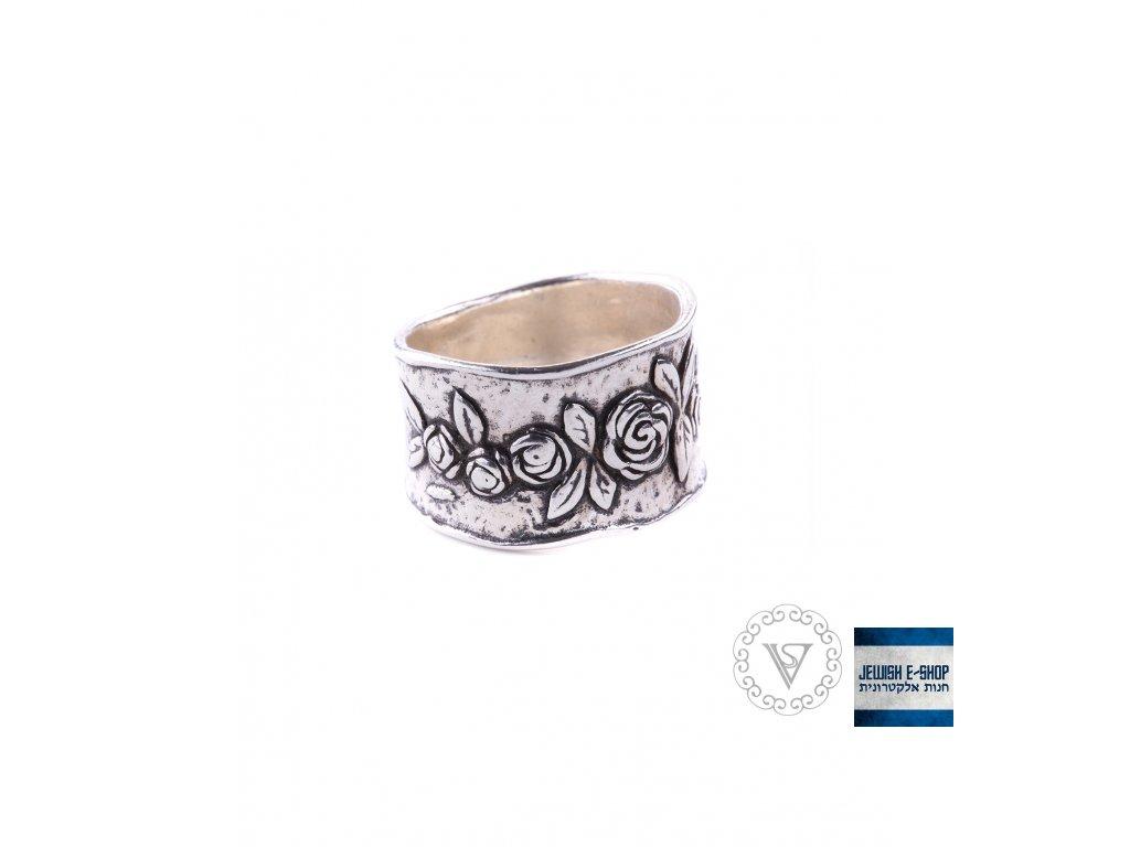 Stříbrný prsten s kytičkami - Velikost 8